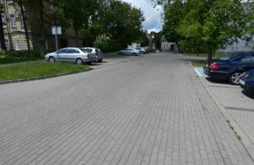 Wykonanie parkingu na ul. Brzostowskiego – 2013