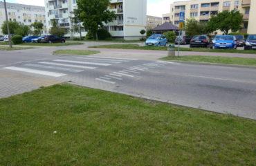 Wykonanie wyniesionego przejścia wraz z remontem chodników na ul. Witosa – 2013